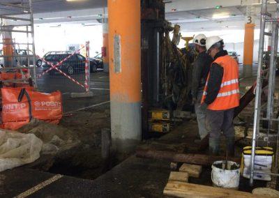 Renforcement des poteaux du parking de Auchan (33)